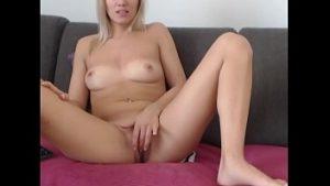 Vivre Avec La Masturbation De La Chambre Matrimoniale Avec Une Bonne Blonde